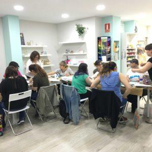 taller scrapbooking santa coloma de gramenet barcelona en cute and crafts