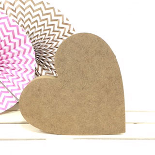 figura-corazon-madera-dm-para-decorar-cute-and-crafts-santa-coloma-de-gramenet-barcelona-scrapbooking-manualidades