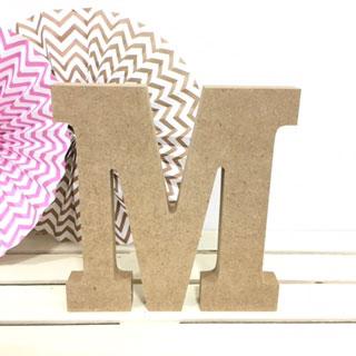 letra-m-madera-dm-para-decorar-cute-and-crafts-santa-coloma-de-gramenet-barcelona-scrapbooking-manualidades