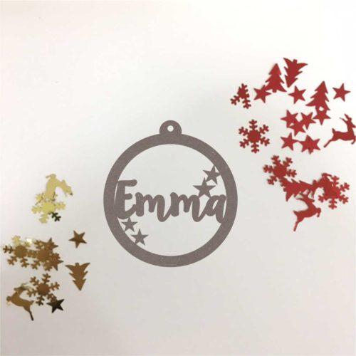 Bola de navidad de madera personalizada. Modelo estrellas