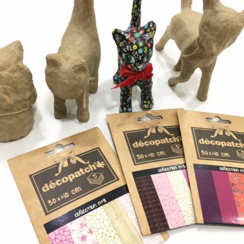 Si quieres pasar una gran tarde en familia decorando una figurita con la técnica de Décopatch ven a este workshop!